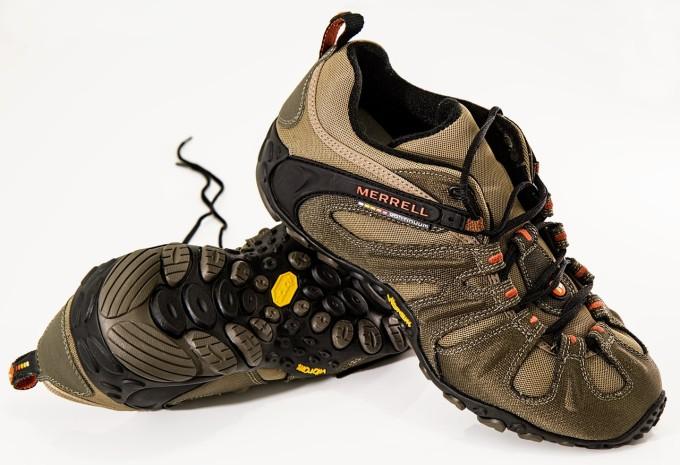 shoes-584850_1280