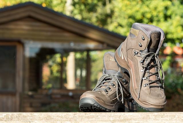 hiking-2042599_640-1